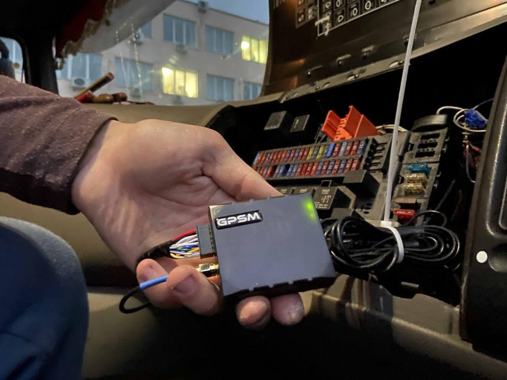 Система GPS с датчиком уровня топлива на DAF изображение 3