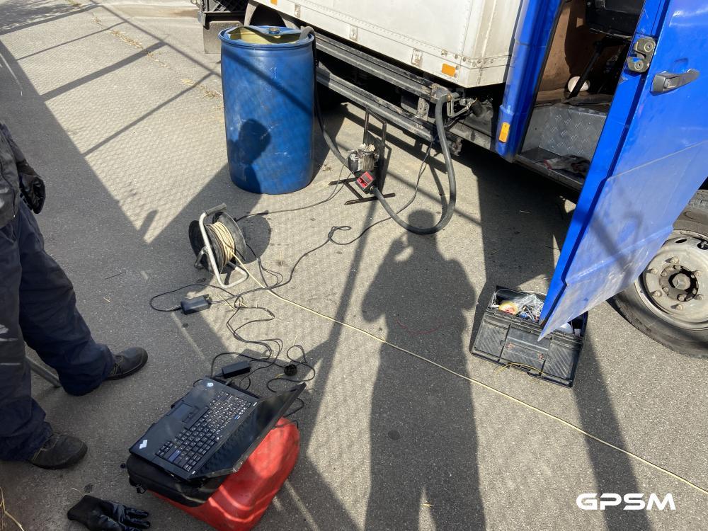 Система слежения и контроля топлива для грузового фургона Mercedes-Benz изображение 5