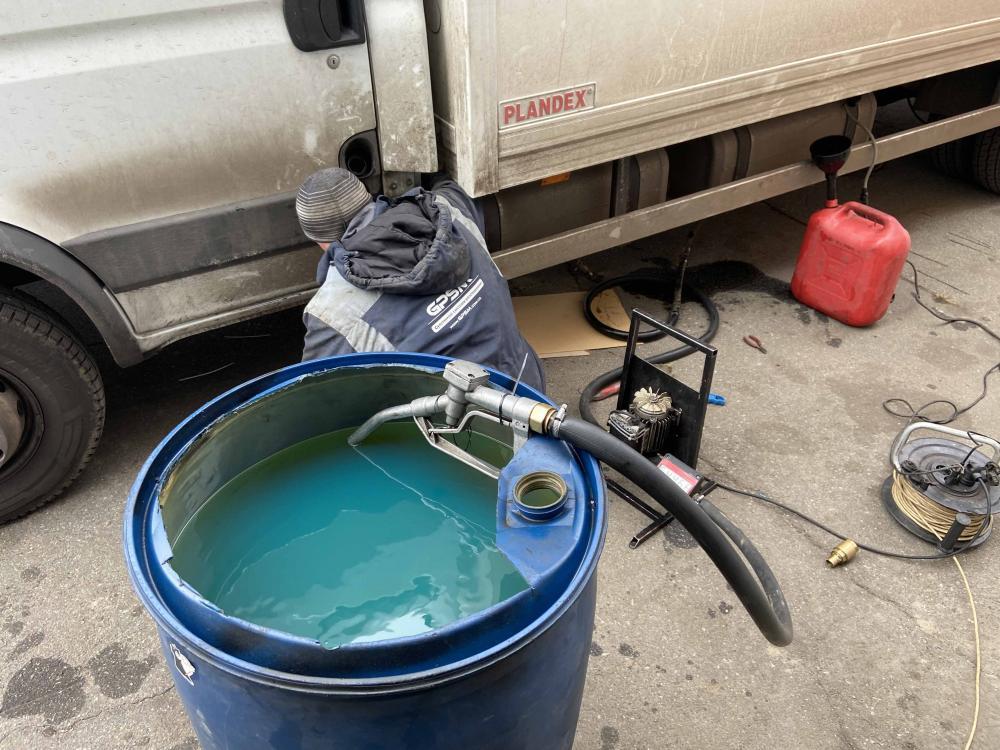 Система GPS контроля расхода топлива на грузовой фургон Iveco Daily 70 C17 изображение 5
