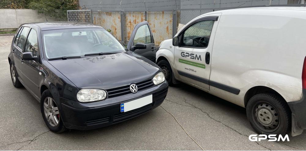 Монтаж GPS трекера на автомобиль Volkswagen изображение 1