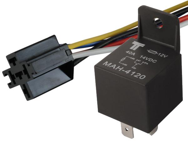 Установка GPS трекера с функцией блокировки двигателя автомобиля Hyundai Elantra изображение 4