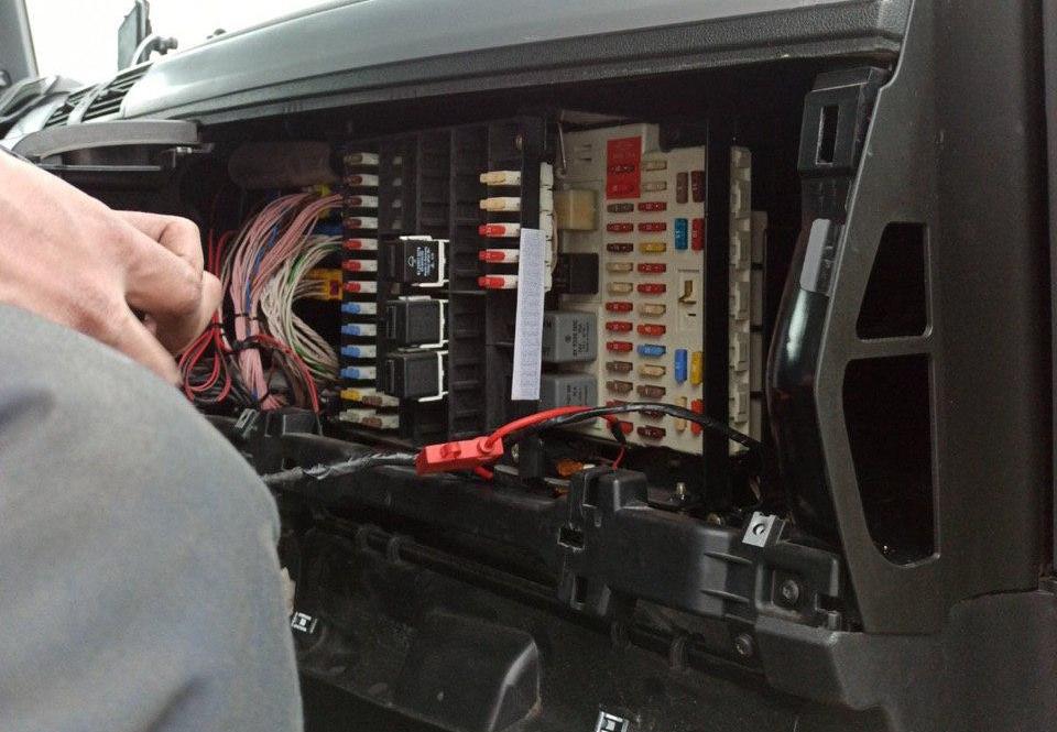 GPS + Датчик уровня топливного бака на MAN изображение 7